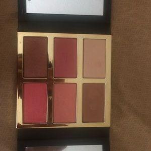 Selling tarte pro glow and blush kit